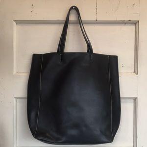 Alberta di canio black leather tote